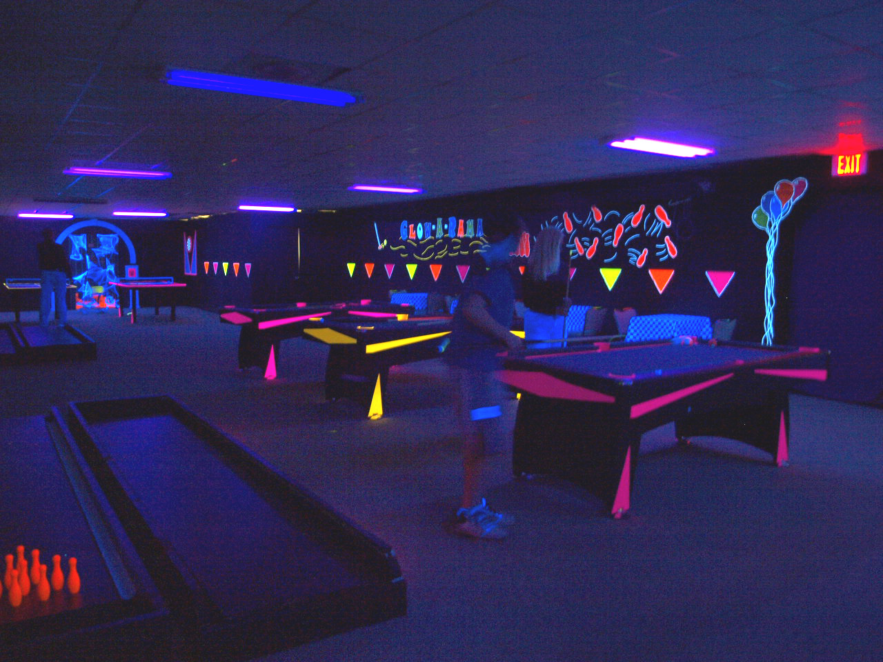 Glow-a-Rama Blacklight Game Room